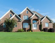 450 Waterford Point Dr, Boiling Springs image