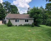 7807 Beechdale Rd, Crestwood image