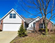 10162 Long Meadow  Drive, Fishers image