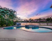 2519 Golf View Dr, Weston image
