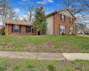 1796 Schoettler Valley  Drive, Chesterfield image