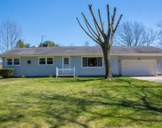 58330 Pear Road, South Bend image