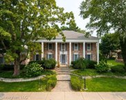 6 Colonial Rd, Grosse Pointe Shores image