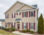 8227 Creekside Bluffs Lane Unit 8227, Mechanicsville image