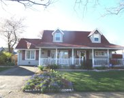 71 Queen Lily Road, Levittown image