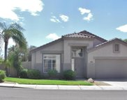 813 W Hemlock Way, Chandler image