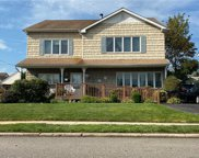 10 Normandy  Drive, Bethpage image