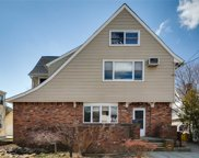 243 Club Dr, Woodmere image