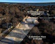9 Gladstone, Montauk image