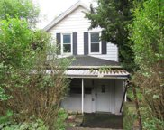 110 Bessemer Avenue, Twp of But SW image