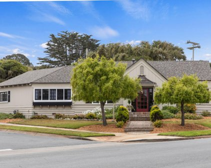 1001 Forest Ave, Pacific Grove