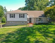 6611 OUTLOOK Drive, Mission image