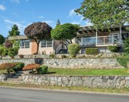 2395 Mathers Avenue, West Vancouver image