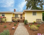9122 15th Ave NE, Seattle image