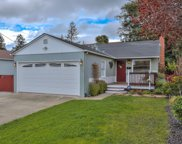 740 8th Ave, Redwood City image