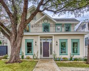 121 E Woodlawn Ave, San Antonio image