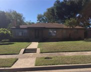 2210 Dugald, Dallas image