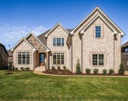 2972 Stewart Campbell Pt (304), Spring Hill image