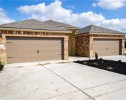 222 Joanne Loop Unit B, Buda image