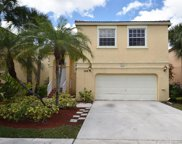 588 Nw 158th Ln, Pembroke Pines image
