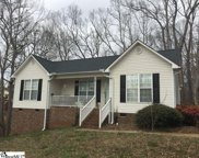 527 Holly Run Court, Spartanburg image