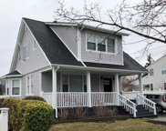 214 Maple Ave, East Meadow image