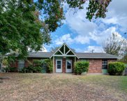 1402 Valleyridge Drive, Austin image
