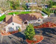 160 Mannetto Hill  Road, Woodbury image
