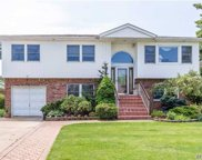 2414 Wood Ave, Bellmore image