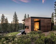 8100 Fallen Leaf Way, Truckee image