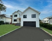 909 Midway, Woodmere image