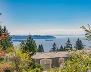 2261 Gisby Street, West Vancouver image