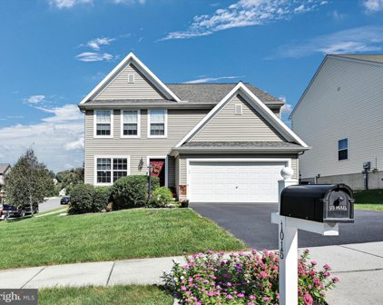 1015 Orchid Way, Mountville
