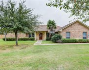 5001 Country Meadows Drive, Terrell image