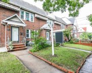 160-11A 84th Rd, Jamaica Hills image