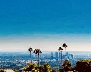 1800 N Doheny Dr, Los Angeles image
