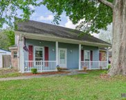 39370 Tommy Moore Rd, Gonzales image