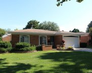14253 Edshire Dr, Sterling Heights image