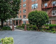 290 Collins  Avenue Unit #5H, Mount Vernon image