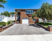 10-25 117th St, College Point image