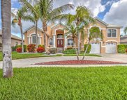 907 Bunker View Drive, Apollo Beach image