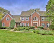 5266 Brentwood Circle, Long Grove image
