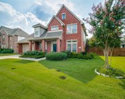 2709 Cliffwood Drive, Grapevine image