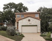 213 Crescent Blf, Lakeway image