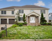 2529 Ocean Ave, Seaford image