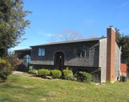 384 South County TRL, North Kingstown image