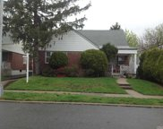 196-37 51st Ave, Fresh Meadows image