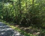 628 Mill Creek Lane, Middlesex image