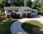 9579 Woodland  Court, Brownsburg image