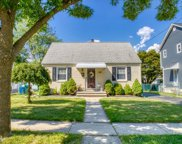 102 CATHAY RD, Clifton City image